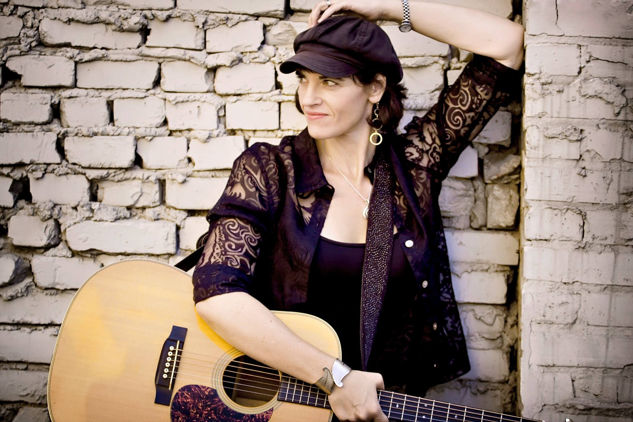 Singer/Songwriter Julie Clark @ Brass Cannon Brewing