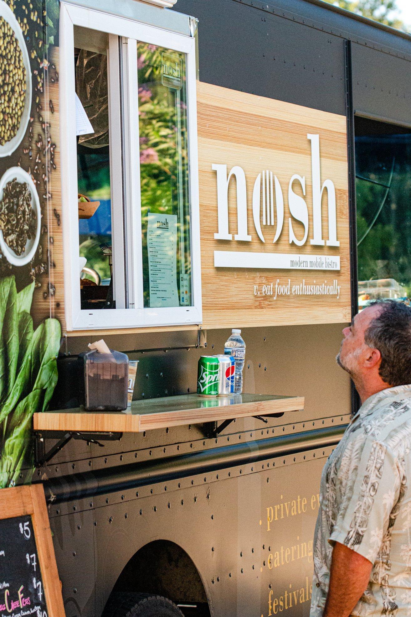 nosh food truck williamsburg virginia