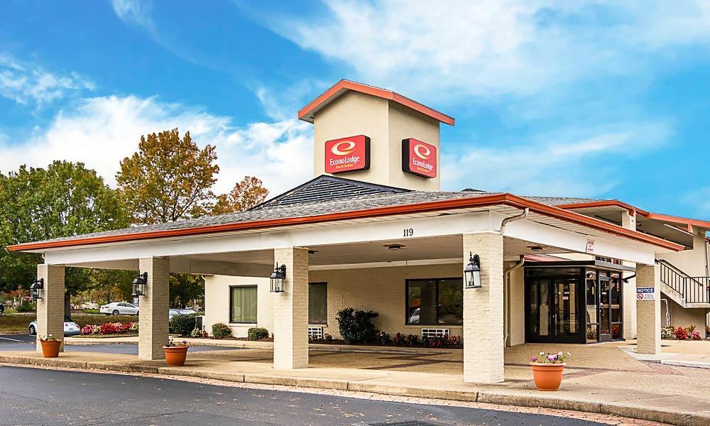 Econo Lodge Inn & Suites in Williamsburg