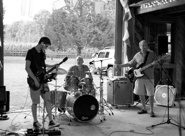 Williamsburg Virginia Live Music Local Music Finder Tom Euler Band