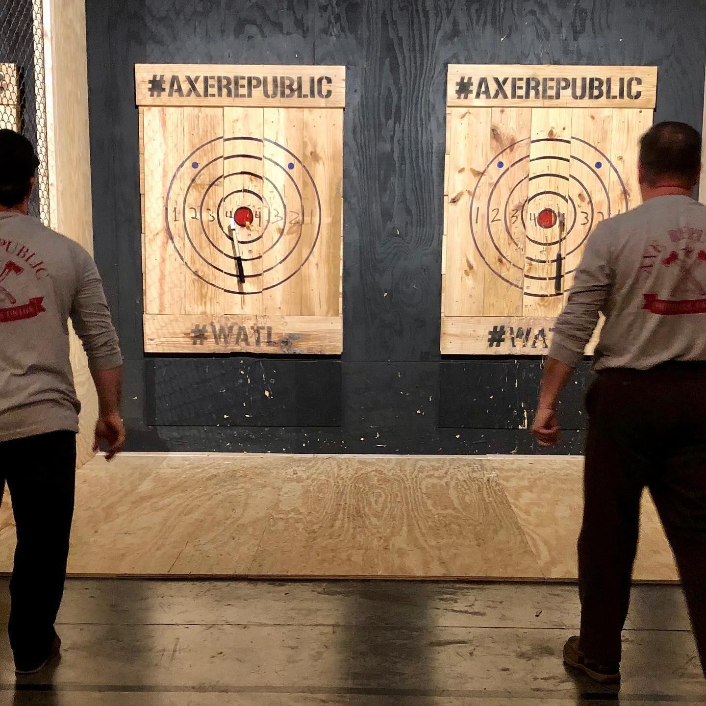 axe republic axe throwing entertainment venue in williamsburg virginia