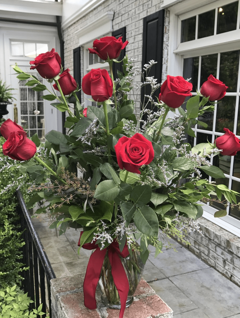 roses for Valentine's Day in williamsburg virginia from Seasons Florist in Colonial Williamsburg Virginia