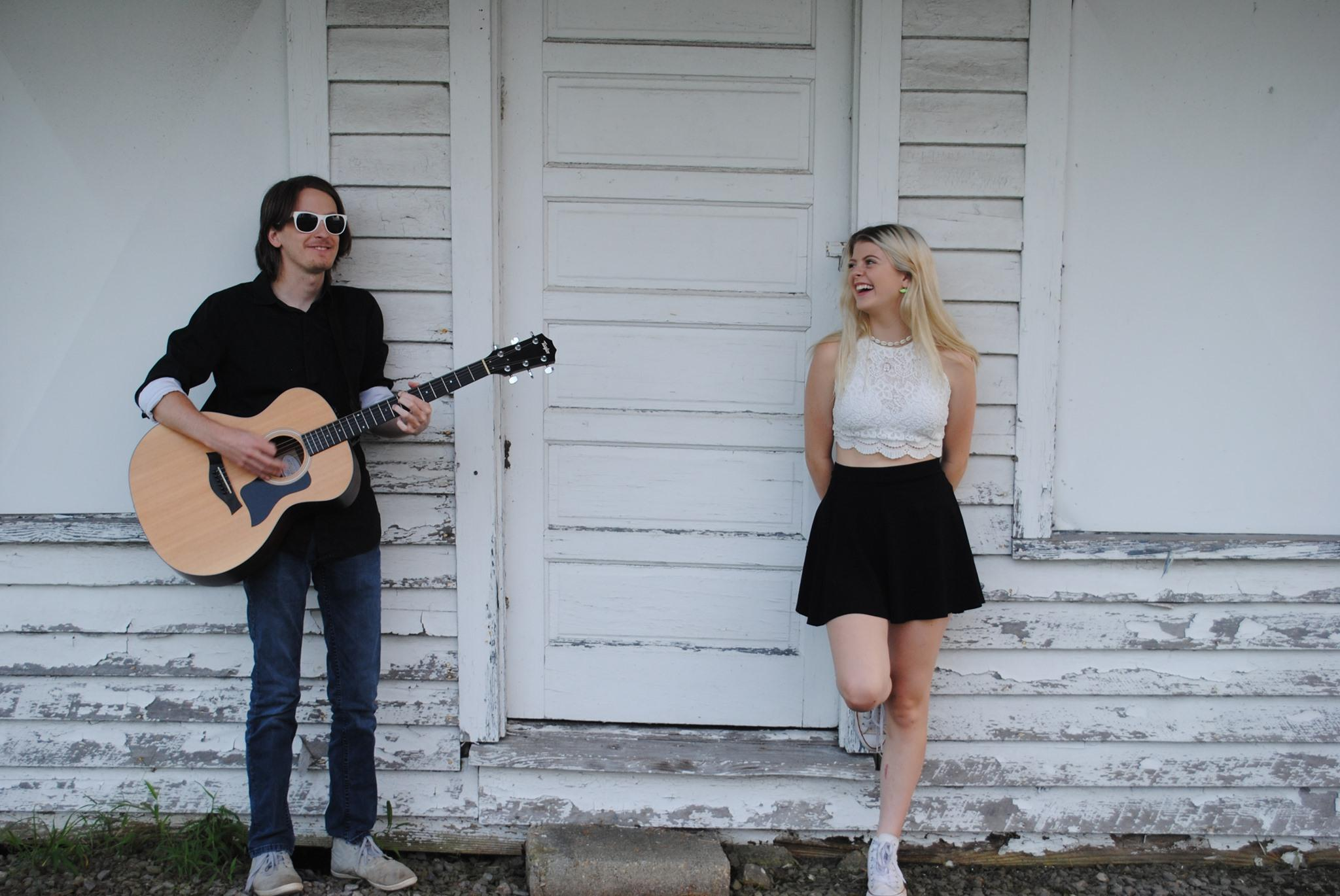 Grayson Torrence and Wyatt Baldwin perform live in Williamsburg Virginia, local bands live music Williamsburg Visitor