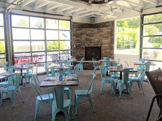 williamsburg virginia restaurants best burgers craft 31 outdoor eating